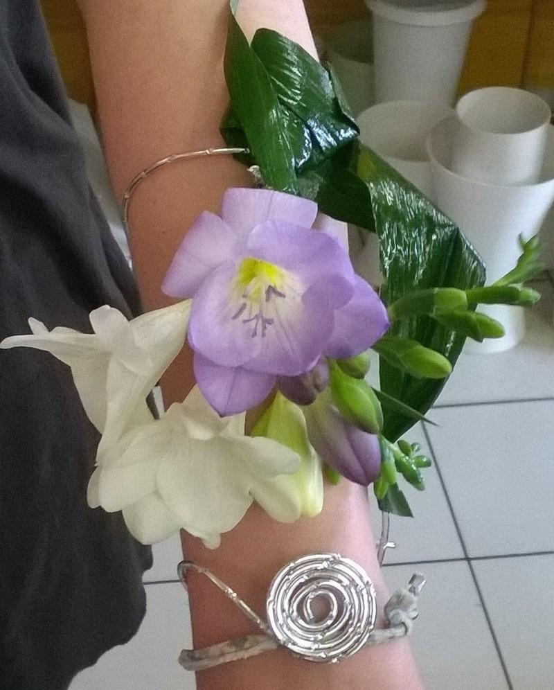 bouquet de mariée original ''bracelet'' - art floral - chaumont - 52
