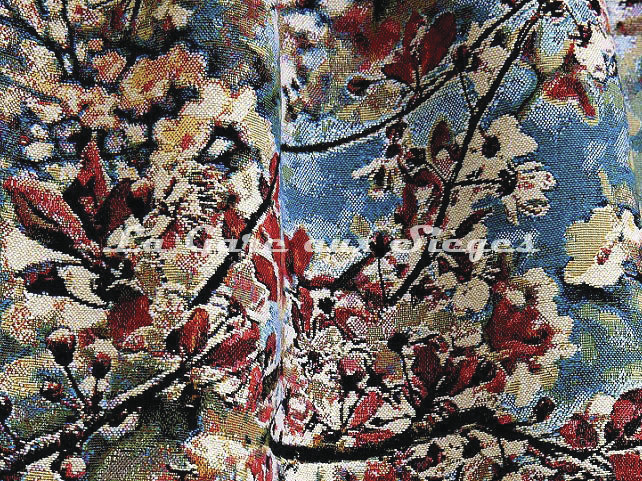Tissu Jean Paul Gaultier - Sakura - réf: 3468.03 Guivaume - Voir en grand