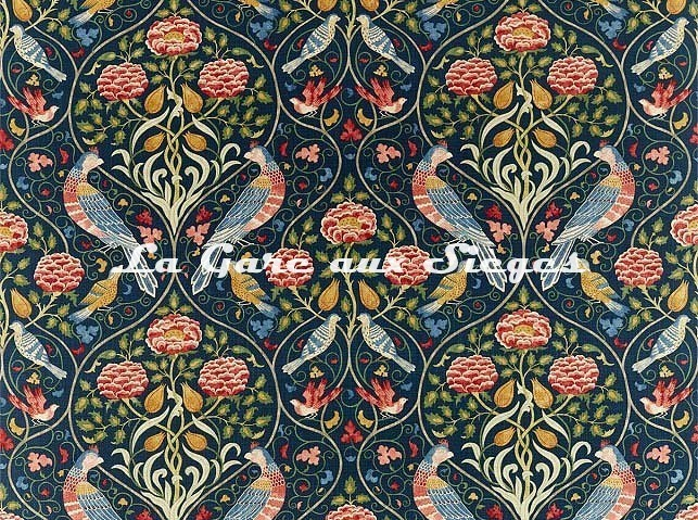 Tissu William Morris - Seasons by May - réf: 226591 Indigo - Voir en grand