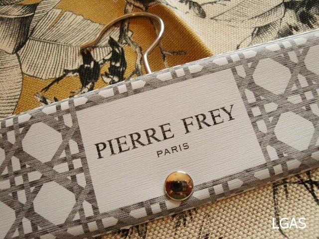 Tissus imprimés Pierre Frey - La Gare aux Sièges - Voir en grand
