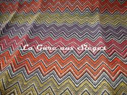 Tissu Harlequin - Chevron - réf: 130663 Tangerine/Flame/Linden/Aubergine  - Voir en grand