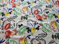 Tissu Pierre Frey - Papiers découpés - réf: F3250-001 Multicolore - Voir en grand