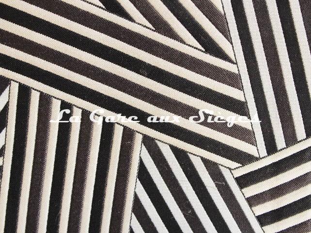 Tissu Dedar - Short Cuts - réf: T15009.004 Quasi Néro ( détail ) - Voir en grand