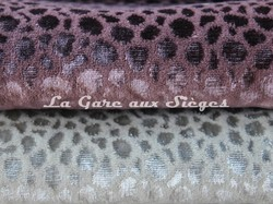 Tissu Osborne & Little - Kuri - réf: F6710 - Coloris: 05 Shell & 06 Ivory - Voir en grand