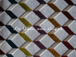Tissu Casamance - Velours Delacroix - réf: 771.0185 Blanc/Multicolore - Voir en grand