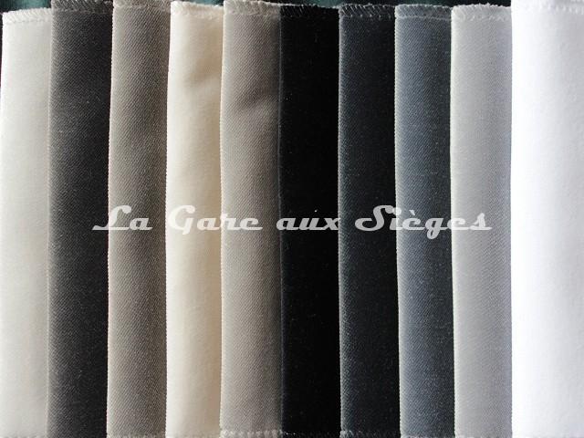 Tissu Carlucci - Velours Allure Velvet - réf: CA1357 - Palette de couleurs n°4 - Voir en grand
