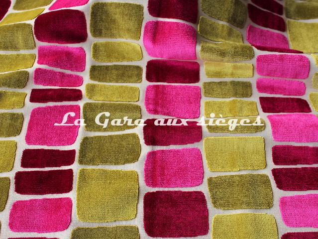 Tissu Casal - Miami - réf: 12699 - Coloris: 9032 Pivoine Olive - Voir en grand