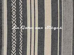 Tissu Pierre Frey - Zoulous - réf: F3350.003 Réglisse ( détail )