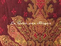 Tissu Pierre Frey - Moskova - réf: F2396-090 Groseille - Voir en grand