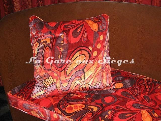 Tissu Casal - Velours Pop'Art - Coloris: Multi rouge - Voir en grand