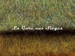 Tissu Pierre Frey - Yéti - réf: F3290 - Coloris: 009 Sous Bois & 010 Olive - Voir en grand