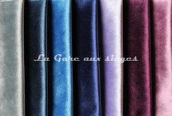 Tissu Carlucci - Palazzo velvet - réf: CA1175 - Coloris: 050-051-052-053-082-083-085 - Voir en grand