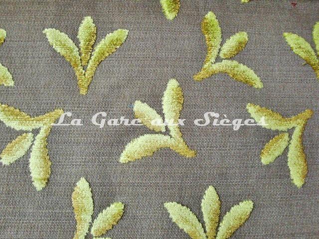 Tissu Casal - Carnavalet - réf: 12657 - Coloris: 30 Vert pomme - Voir en grand