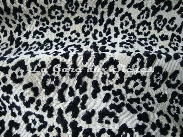 Tissu Pierre Frey - Velours Jungle - réf: F2861-001 Noir - Voir en grand