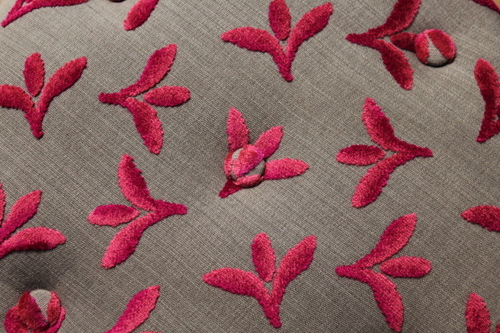 Tissu Casal Carnavalet - Coloris Framboise - Voir en grand