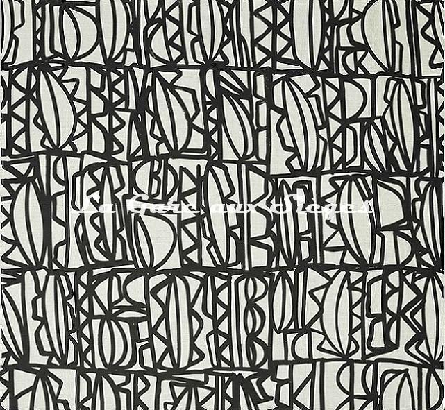 Tissu Pierre Frey - Symboles - réf: F3382.001 Symboles - Voir en grand