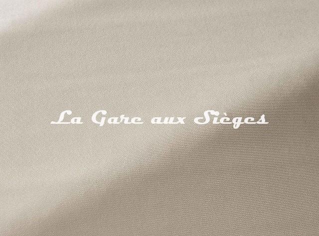 Tissu Pierre Frey - Velours Hyères - réf: F3411.001 Ecru - Voir en grand