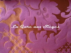 Tissu Tassinari & Châtel - Louis Philippe - réf: 1653.01 Pourpre - Voir en grand