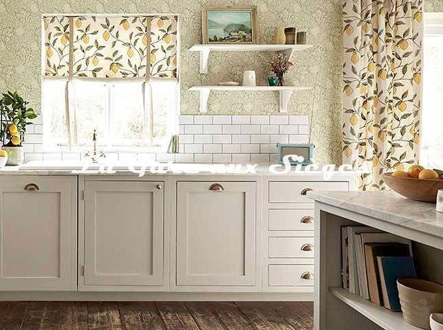 Tissu William Morris - Lemon Tree Embroidery - Voir en grand