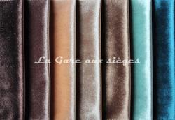 Tissu Carlucci - Palazzo velvet - réf: CA1175 - Coloris: 021-022-072-073-023-080-081 - Voir en grand