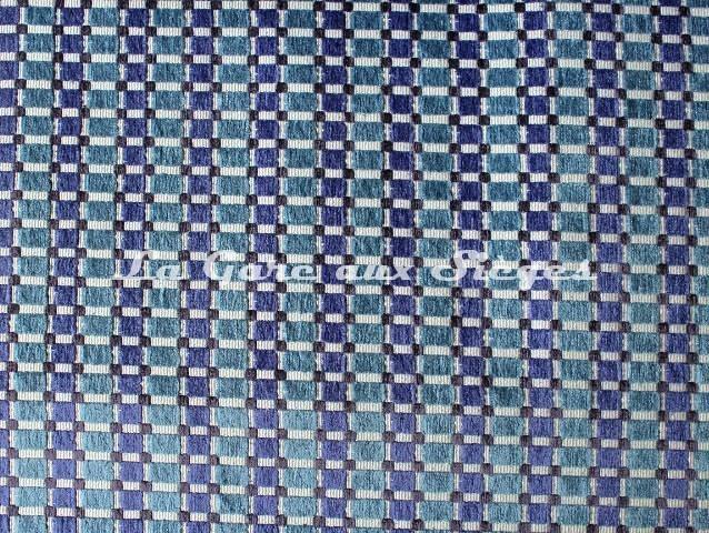 Tissu Casal - Dompteur - réf: 16188 - Coloris: 1272 Céladon Ivoire - Voir en grand