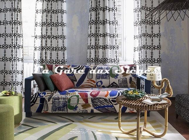 Tissu Pierre Frey - La Toile du Peintre ( canapé ) - Voir en grand