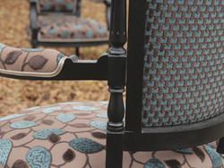 Paire de fauteuils Napoléon III - Tissus Casamance Ganesh et Sudhakar - Voir en grand