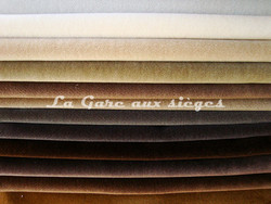Tissu Nobilis - Velours Otello - Palette de couleur n°5 - Voir en grand