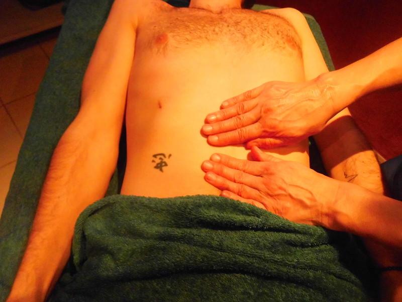 Mass'huile est concentré sur une zone : le ventre, le dos, les jambes, les bras, le visage... - Voir en grand