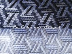 Tissu Lelièvre - Tribu - réf: 722 - Coloris: 11 Poivre - 12 Naturel - Voir en grand