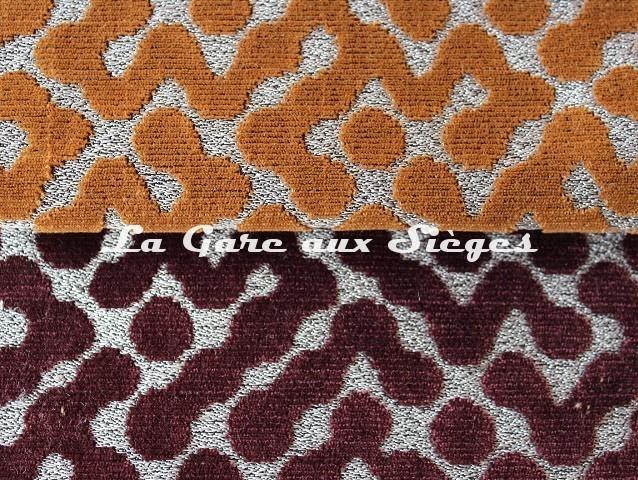 Tissu Rubelli - Gropius - réf: 30124 - Coloris: 004 Oro vecchio & 005 Bordeaux - Voir en grand