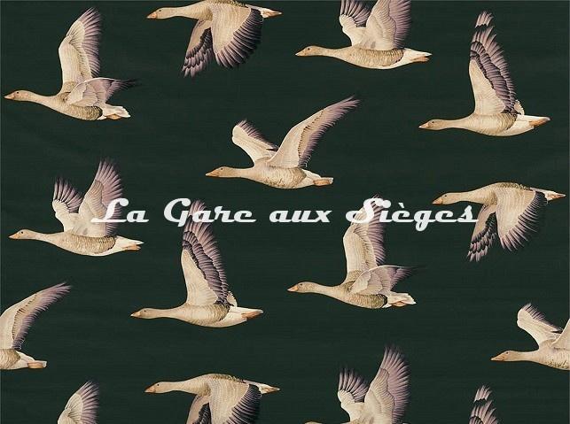 Tissu Sanderson - Elysian Geese - réf: 226519 Forêt/Figue - Voir en grand