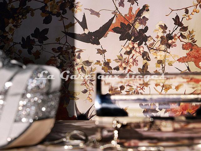Papier peint Jean Paul Gaultier - Hirondelles - Voir en grand