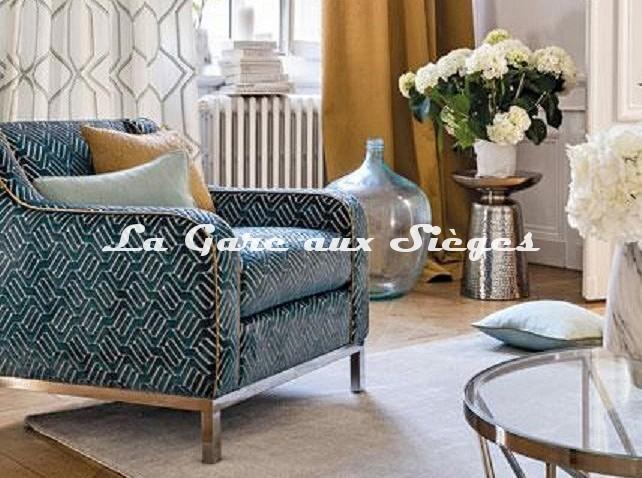 Tissu Camengo - Velours Douves - Coloris: Bleu - Voir en grand