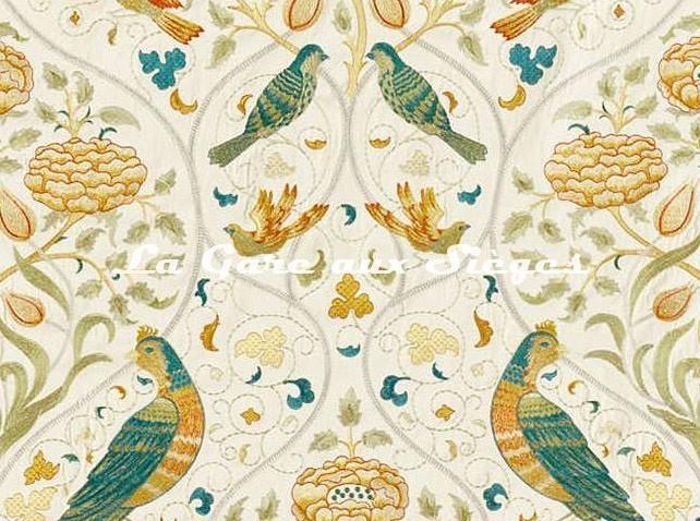 Tissu William Morris - Seasons by May Embroidery - réf: 236826 ( détail ) - Voir en grand