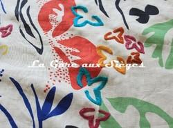 Tissu Pierre Frey - Papiers découpés - réf: F3250.001 ( détail ) - Voir en grand