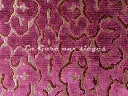 Tissu Nobilis - Velours Monte Cristo - réf: 10571-45 - Coloris: Prune - Voir en grand