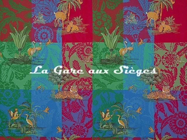 Tissu Pierre Frey - La Folie persane - réf: F3467.001 Oasis - Voir en grand