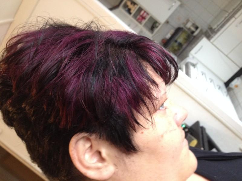 Forfait couleur +Mèches cheveux court - Voir en grand