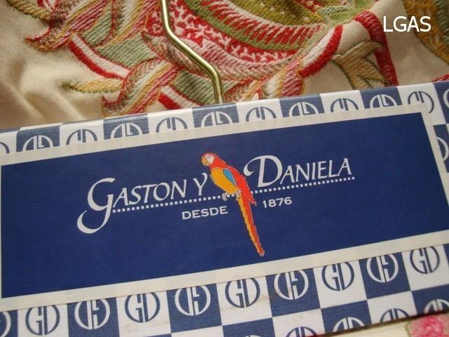 Tissus Gaston y Daniela - La Gare aux Sièges - Voir en grand