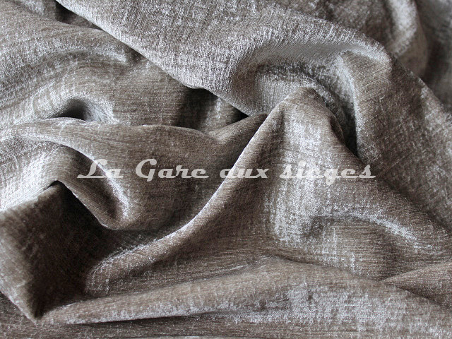 Tissu Carlucci - Mannequin - réf: CA1044 - Coloris: 092 - Voir en grand
