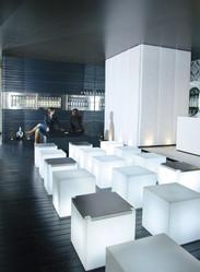 Kubo inox - Mobilier lumineux - BROCH HABITAT - Voir en grand