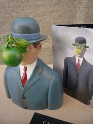 Magritte Le fils de l\'homme - MAG01 - Antan et Néo (2).JPG - Voir en grand