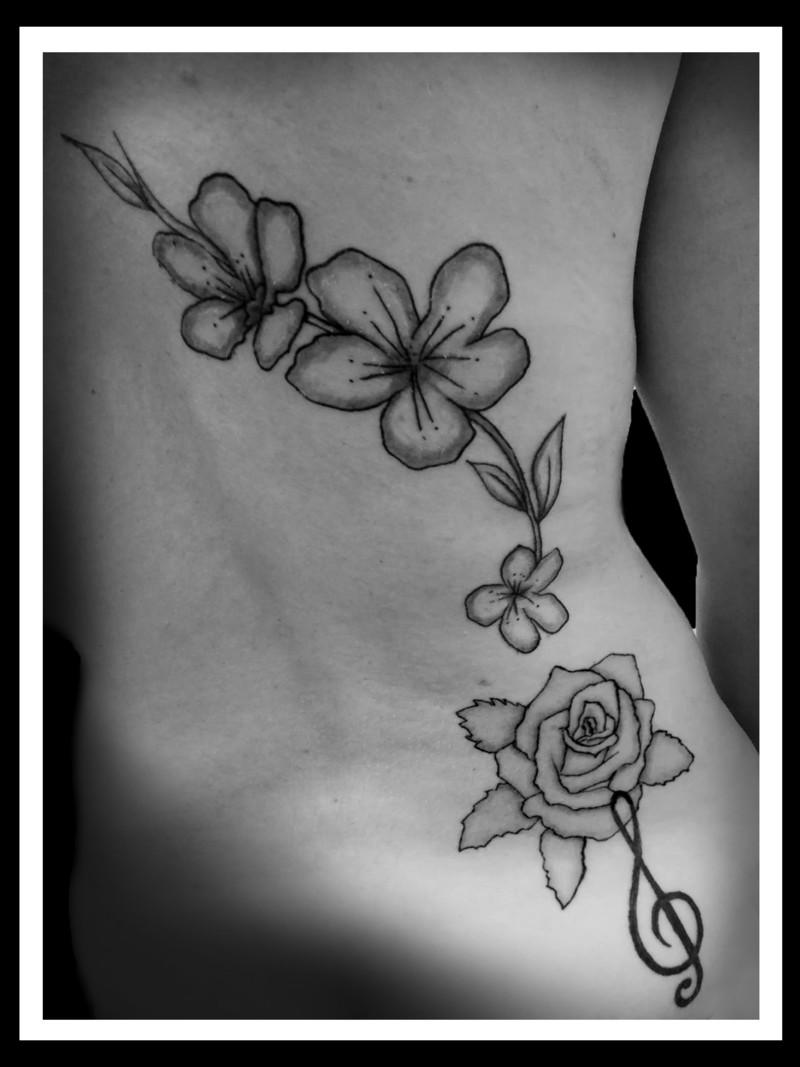 tattoo maorie JO.jpg - Voir en grand