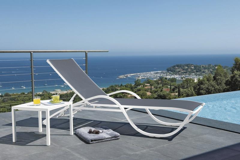 Bain de soleil et table basse Neptune  - Mobilier de jardin - BROCH HABITAT - Voir en grand