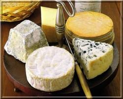 guide-bonnes-manieres-plateau-fromages.jpg - Voir en grand