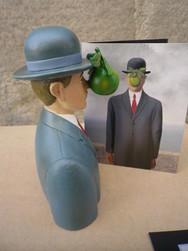 Magritte Le fils de l\'homme - MAG01 - Antan et Néo (4).JPG - Voir en grand