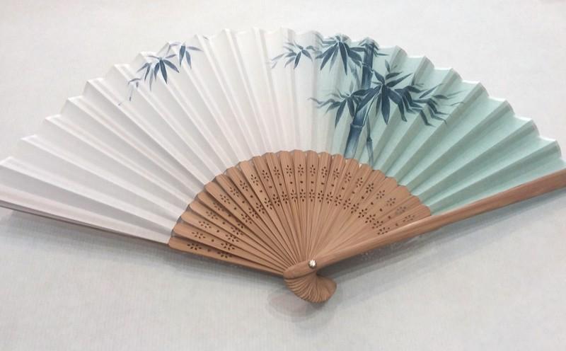 Éventail japonais en tissu - bambous - Comptoir du Japon  - Voir en grand