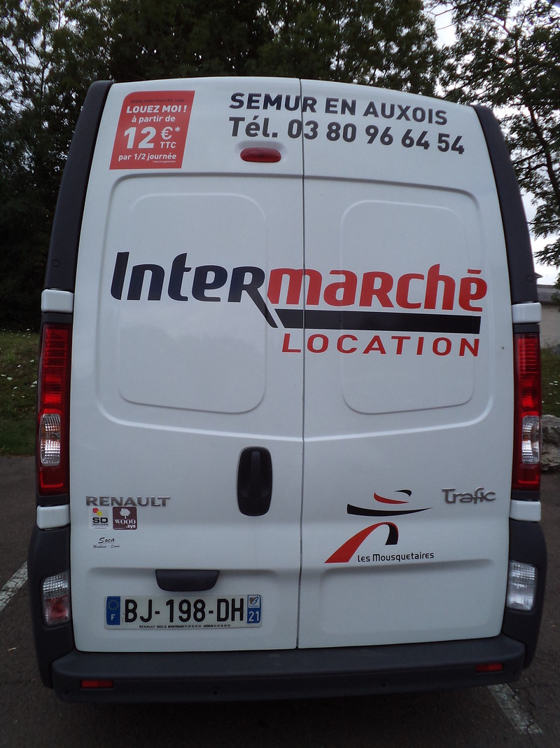 location de vehicules utilitaires 12m intermarche semur en auxois. Black Bedroom Furniture Sets. Home Design Ideas