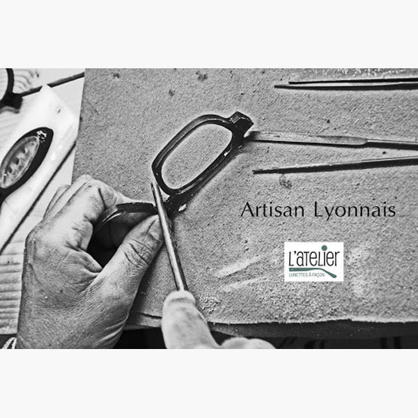 L'atelier - Lunettes de Créateurs - Bruno Curtil Opticien - 0 380 302 306 - Voir en grand